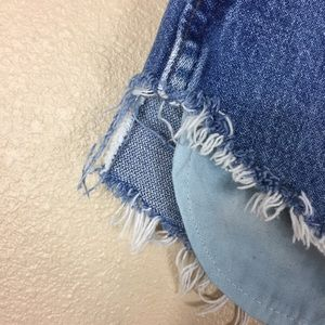 Wrangler Shorts - 🐼 Vintage Wrangler cut of shorts medium wash 185
